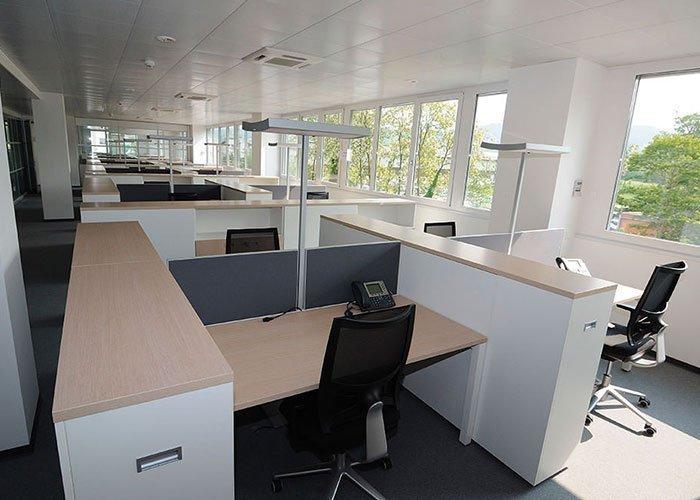 Progetto arredamento per ufficio bsource arredoufficio for Ufficio logo