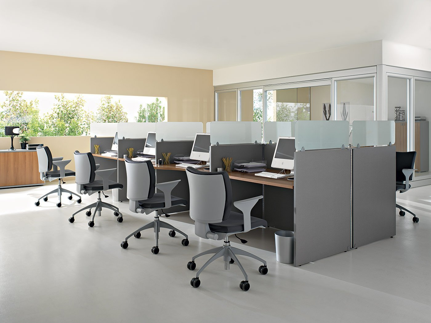 Technoplanet furniture operating office for Mobili office