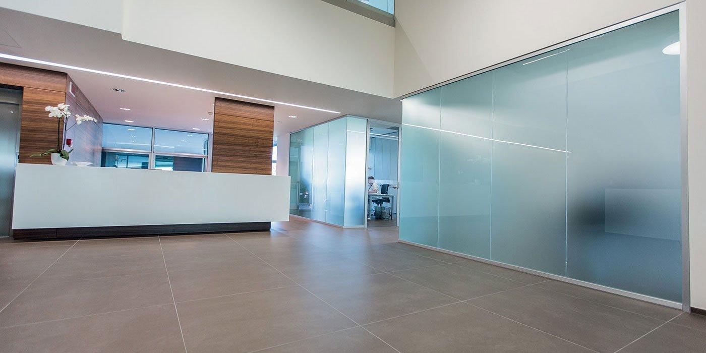 Glass evolution pareti divisorie e attrezzate for Pareti ufficio
