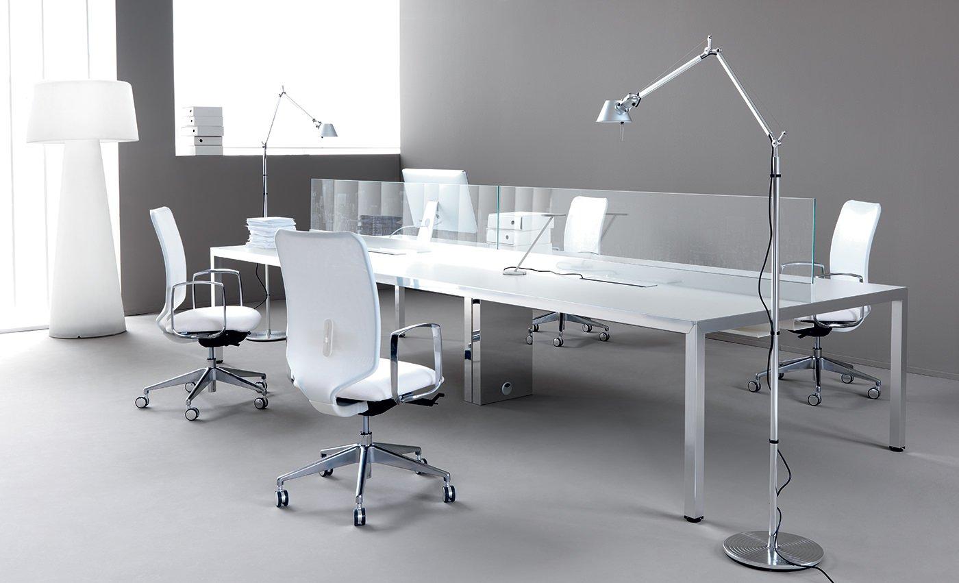 Mirror mobili direzionali arredamento uffici arredo for Aziende mobili per ufficio