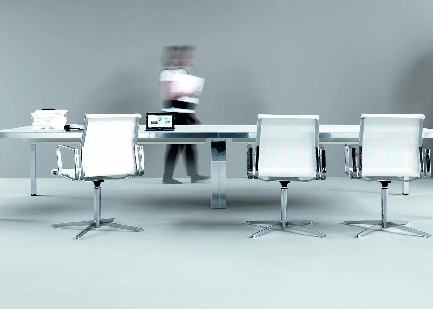 Mirror mobili direzionali arredamento uffici arredo for Catalogo mobili per ufficio