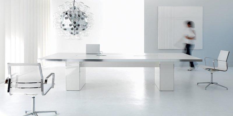 Mobili per uffici direzionali arredamento per ufficio for Catalogo mobili per ufficio
